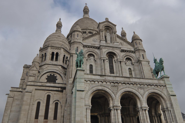Top half of Sacre Coeur basilica